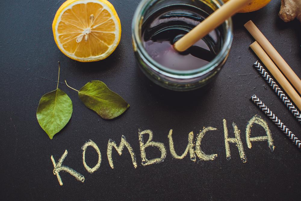コンブチャが痩せると話題!昆布茶との違い!コンブチャの作り方と効果効能:コンブチャクレンズとハーブアブソリュートコンブッカの口コミ