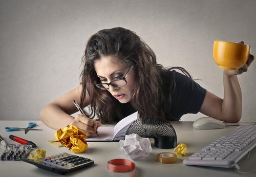 日々の仕事や家事の忙しさやストレスなどから食べ過ぎたり運動不足がたたって、ついつい太り気味