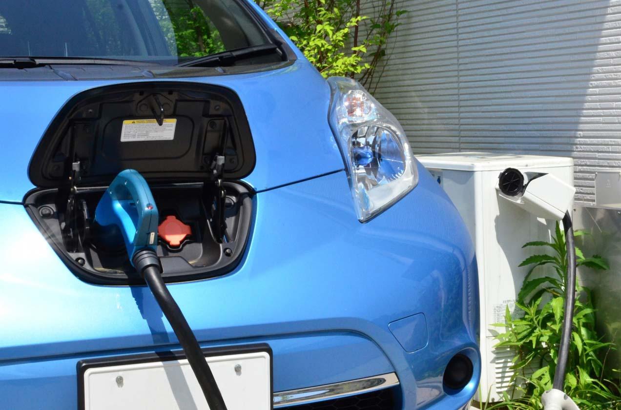 電気自動車 安く買う