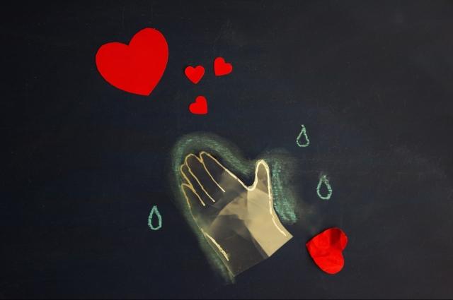 どうして失恋したのか考えない人も立ち直りが遅い